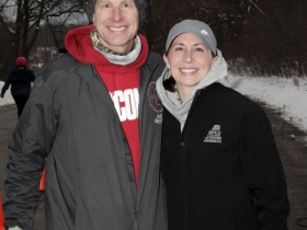 Race Director Barry Thrune and Dr. Julie Freed, Medical College of Wisconsin Steve Cullen Healthy Heart Scholar.