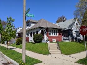 East Montana and S. Herman streets