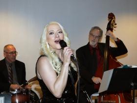Jazz singer and saxophonist, Suzanne Grzanna.