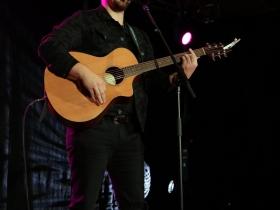 Singer/songwriter Matt Wynn at The Grand Slam Charity Jam.