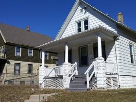 Homes on Keefe Avenue
