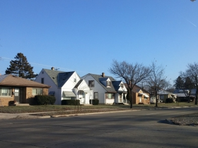 Homes on w. Howard Avenue