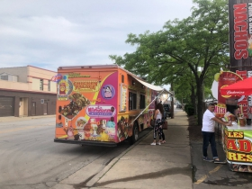 Chicken Palace food truck