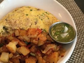 Carnita con Salsa Omelet