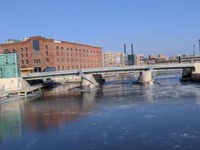 Is this the Knapp Street bridge or is it the McKinley Avenue bridge?