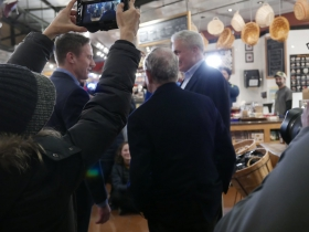 Michael Bloomberg visits the Milwaukee Public Market