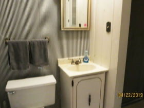 2312-2314 E. Park Pl. third floor bath
