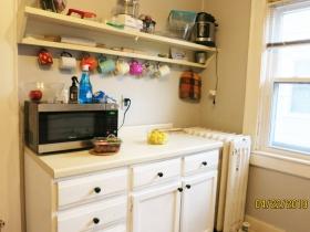 2312-2314 E. Park Pl. kitchen