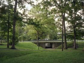 Underpass greenbelt