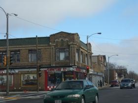 Along Vliet Street