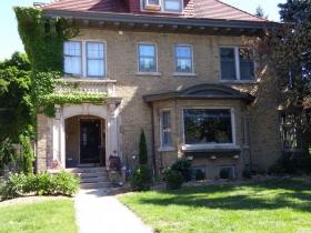 Washington Boulevard - William Davidson lived here