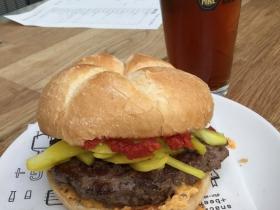 G + G Fancy burger