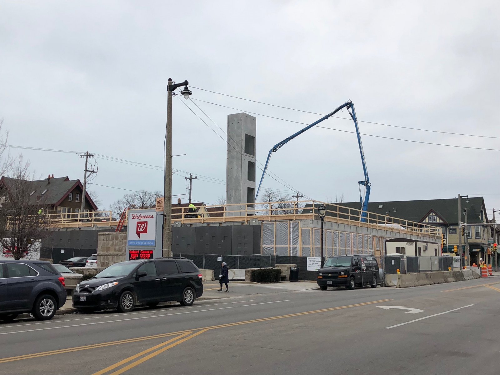2900 Apartments Construction