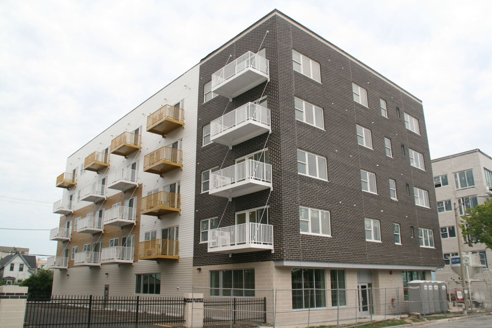 Trio Apartments
