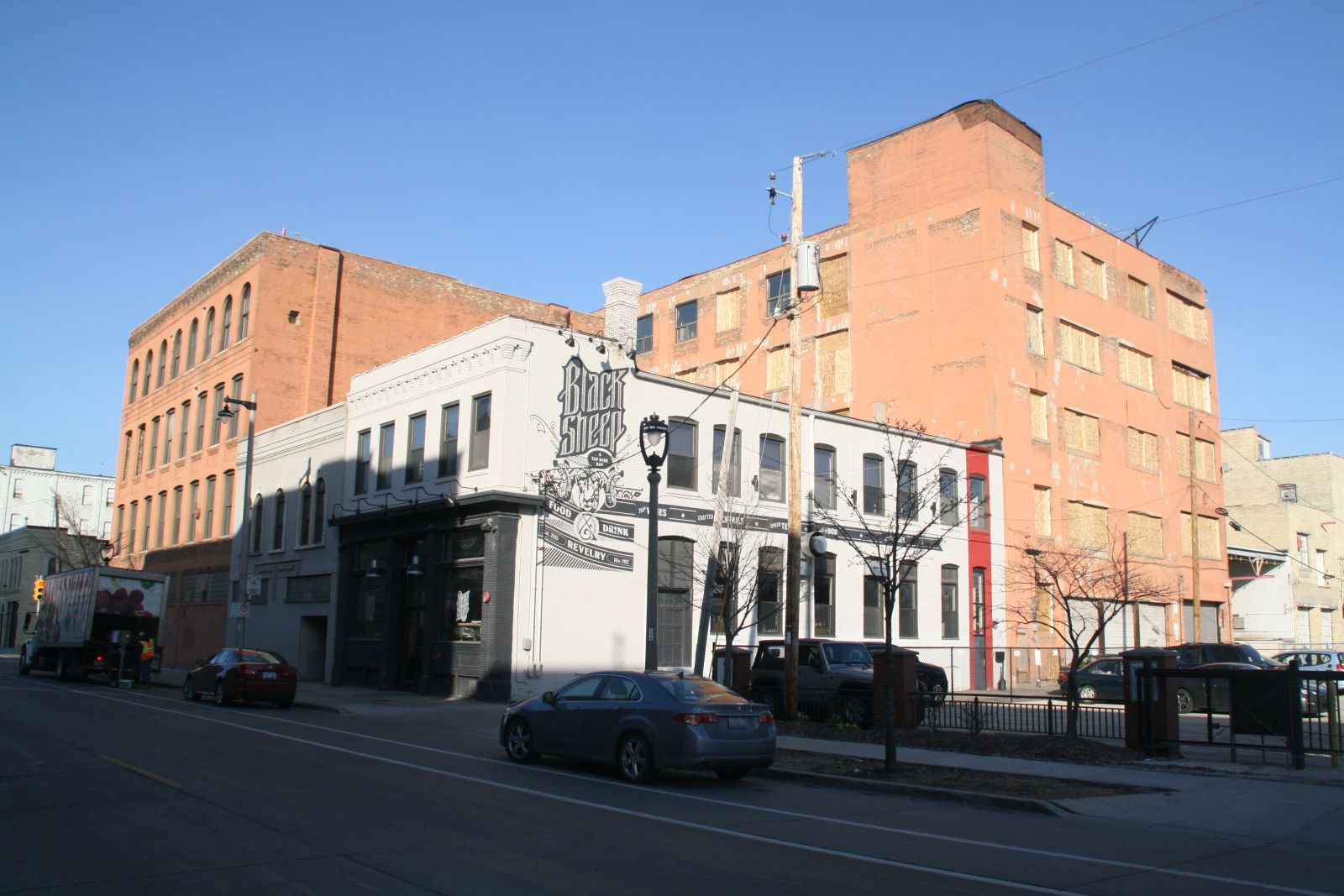 133 W. Pittsburgh Ave.