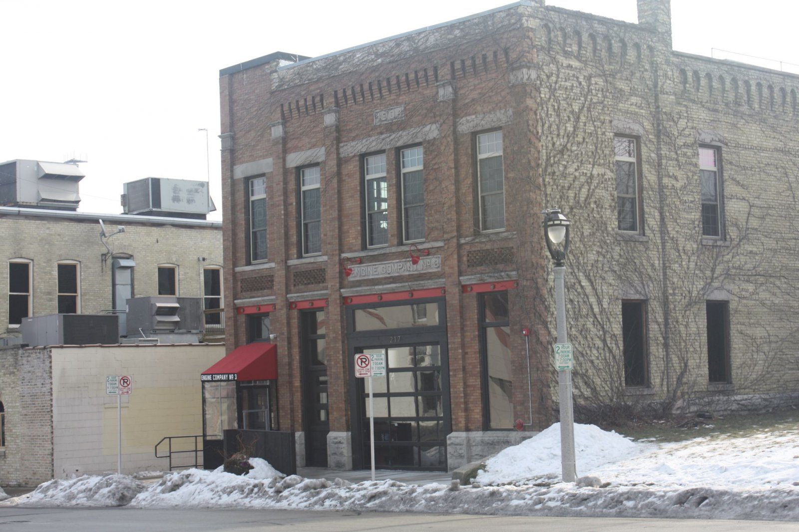 Engine Company No. 3 Restaurant