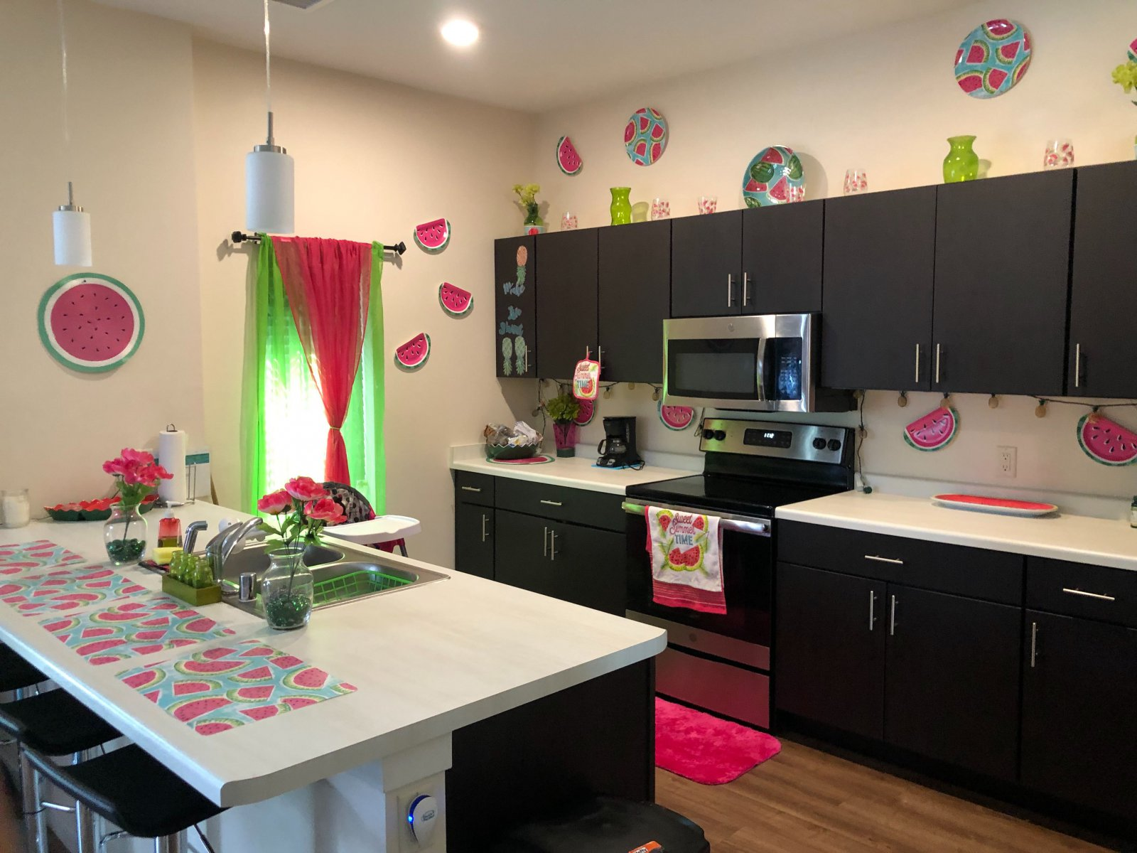 Kitchen at SEVEN04 Place