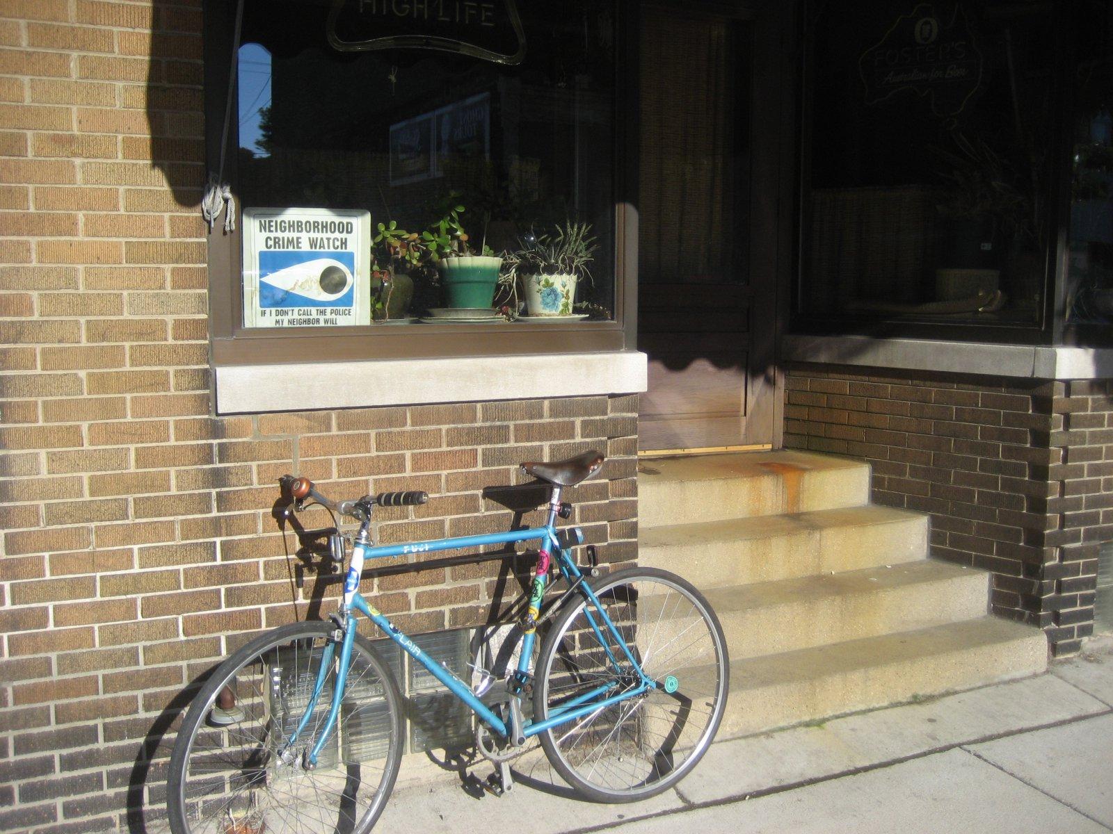 Horne\'s bike outside of Tony\'s