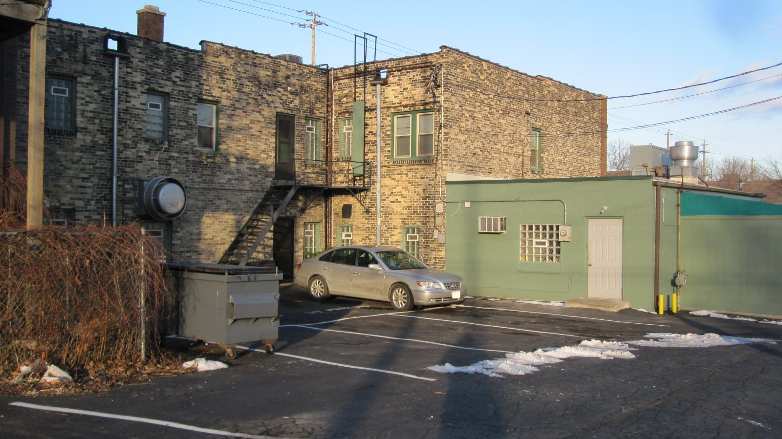 Caroline's Jazz Club parking lot