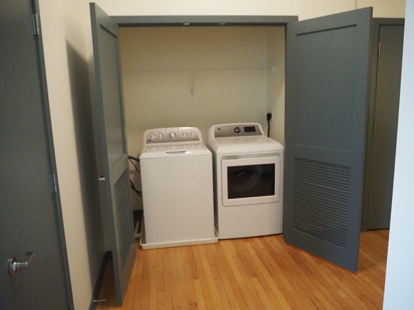 37th Street School Senior Apartments Washer Dryer