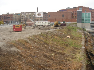 Photo Gallery: Activity at the Aloft Site