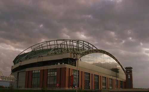 Greater Milwaukee Foundation opens Miller Park for special day of public access