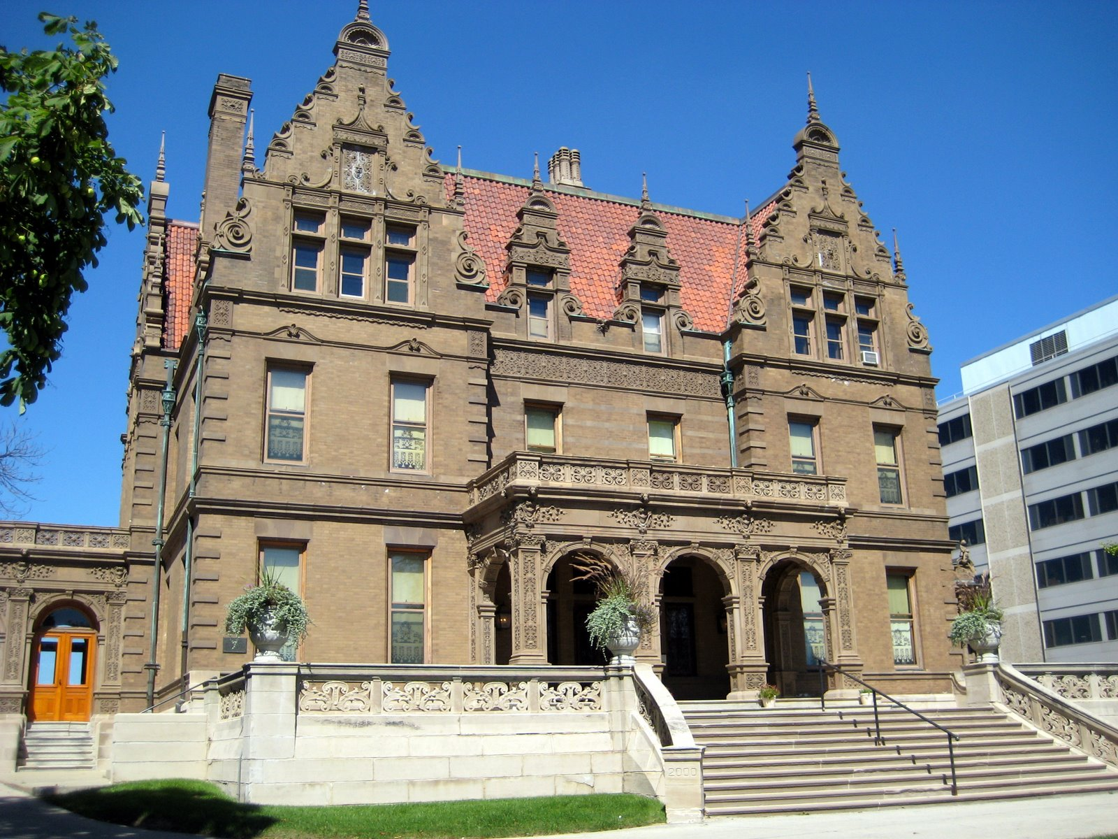 Pabst Mansion Open House: In Celebration of their 125th Anniversary