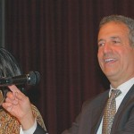 Sen. Russ Feingold (D-WI) responds to a constituent during his Milwaukee County listening session.