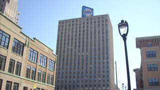 Located in the 633 Building, 633 W. Wisconsin Ave