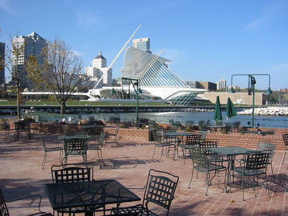 photo of Pieces of Eight patio by Drew Saunders, courtesy Flickr