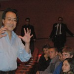 Ma took some time to discuss his career with cello players from the Milwaukee Youth Symphony Orchestra