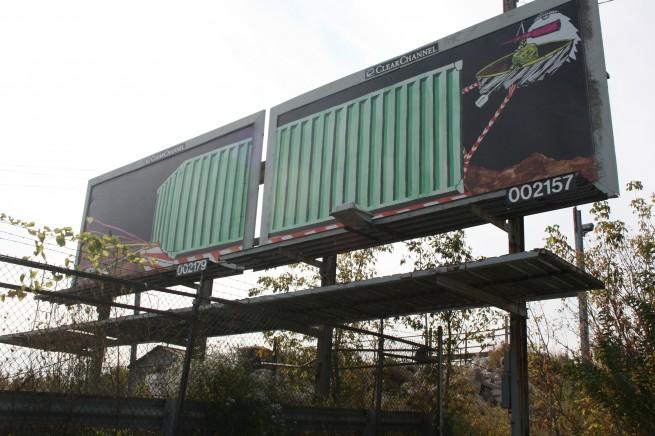 Side-by-Side Billboards