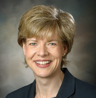 "U.S. Senator Tammy Baldwin Champions ""Made in America"" Policy for Wisconsin Shipbuilding Suppliers"