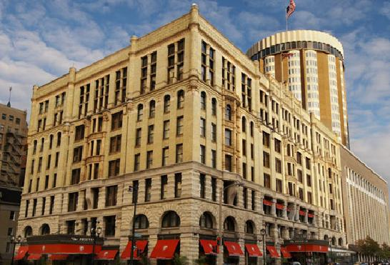 Pfister Hotel Hosts First-Ever Stomach Cancer Awareness Month Art Exhibit & Silent Auction