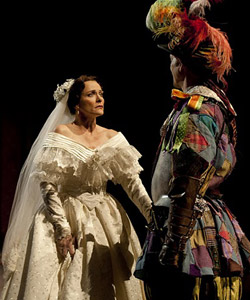 """taming of the shrew essay on katherine In """"comic structure and the humanizing of kate in the taming of the shrew is explored by annabel patterson in her essay """"framing the taming,"""" in."""