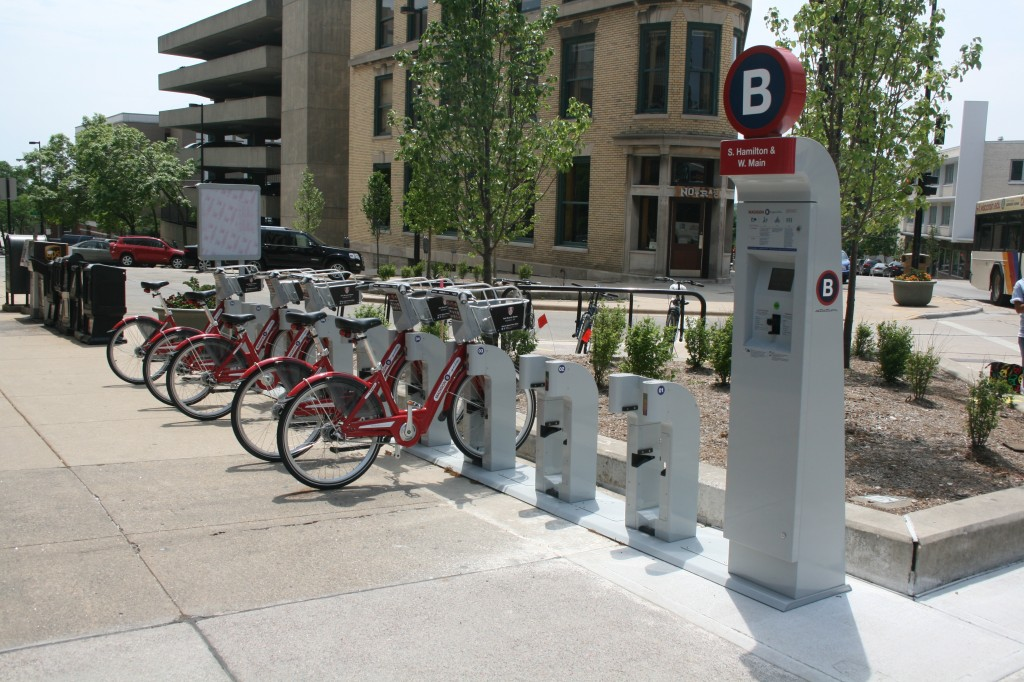 A B-cycle station in Madison just off the Capitol Square. Photo by Jeramey Jannene.