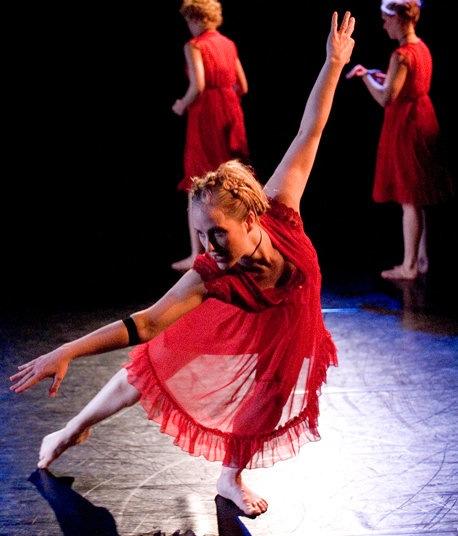 elizabeth-johnson-your-mother-dances