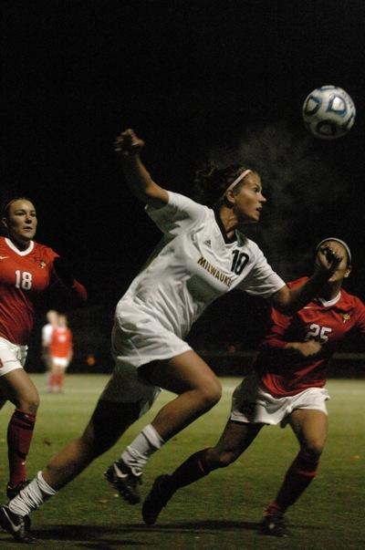 sarah-hagen-uwm-soccer-2011