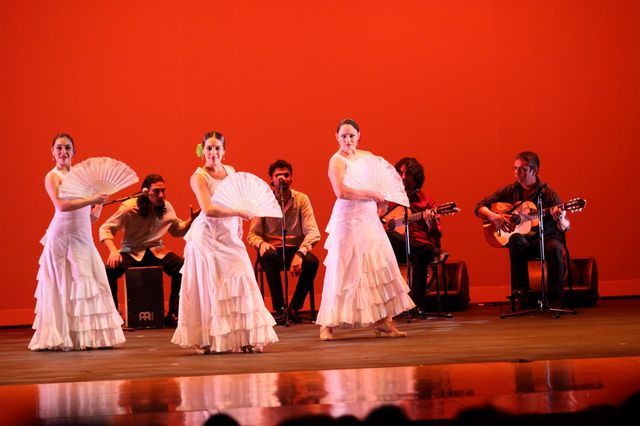 Flamenco Vivo Carlota Santana at the South Milwaukee Performing Arts Center. Photos by Alex Clark courtesy of the South Milwaukee Performing Arts Center.