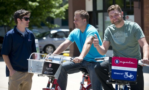 Thumbs up for the B-cycle demonstration in Milwaukee's Third Ward last summer.