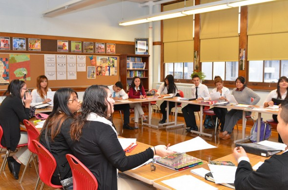 Carmen High School students attend a freshman English class. (Photo by Sue Vliet)