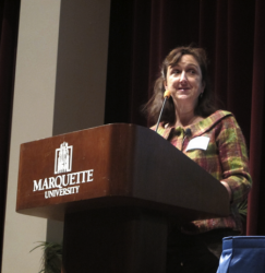 Meg Kissinger, reporter for the Milwaukee Journal Sentinel, moderated the panel discussion. (Photo by Edgar Mendez)