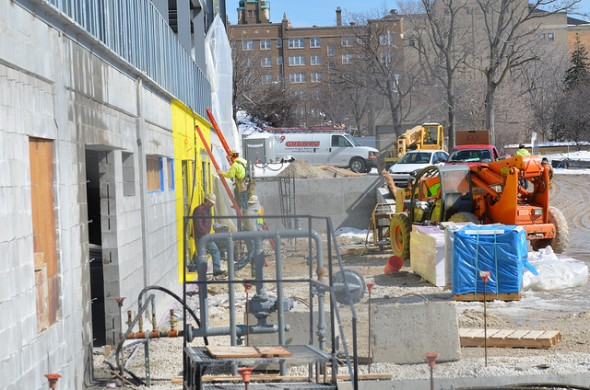 Minority subcontractors are vying to win city construction contracts under Chapter 370. (Photo by Sue Vliet)