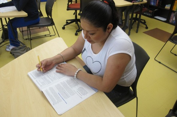 Gloria Contreras said she wants to earn her GED so she can find a decent job. (Photo by Edgar Mendez)