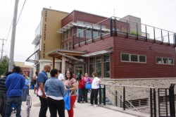 Attendees return to the Urban Ecology Center after the tour. (Photo by Maggie Quick)