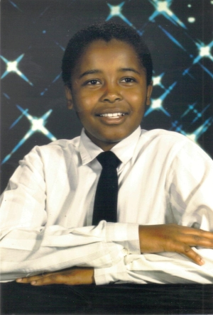 Mack's 6th Grade photo, age 11, Fall 1988.