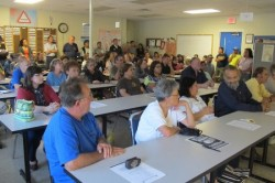 An overflow crowd of residents voiced their concerns at a recent crime and safety meeting in District 2. (Photo by Edgar Mendez)