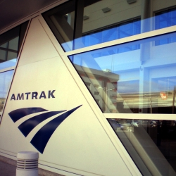 Plenty of Horne: Amtrak to Chicago Will Go Wireless