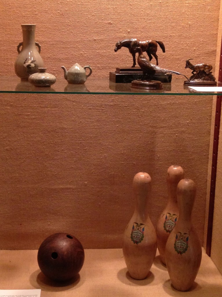 Treasures from the Allis Collection opens with a charmingly eclectic display. Photo by the author.