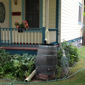 Rain barrel on N. Cramer St. Photo by Joe Kelly.
